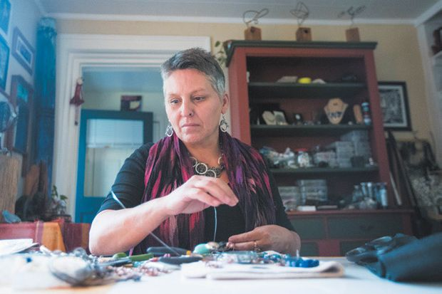 Lisa Morris making jewellery now that she's quit opioids